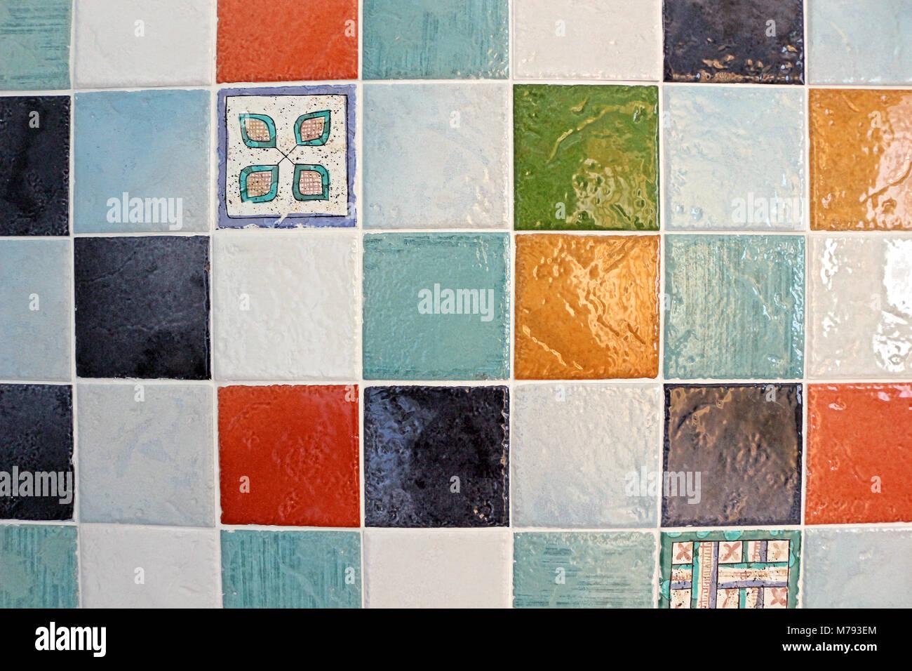 Colorate piastrelle bagno foto immagine stock alamy