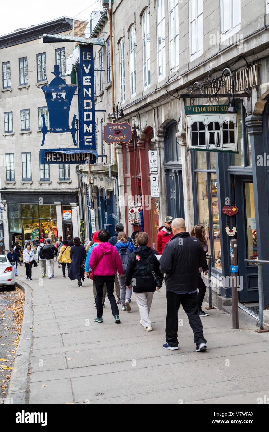 Quebec, Canada. Scena di strada, Cote de la Montagne, collegando la città bassa e la città alta. Immagini Stock