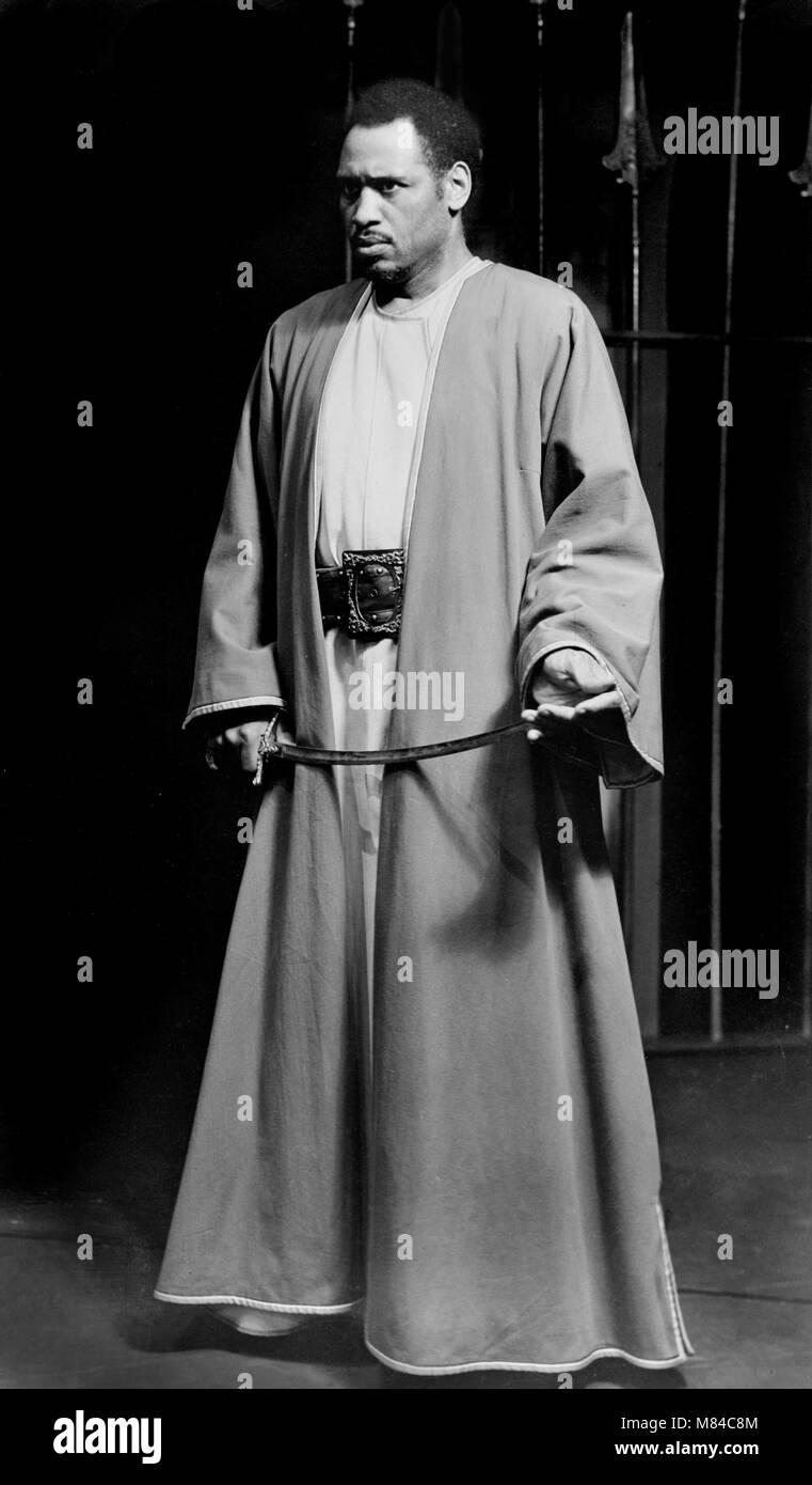 Otello. L'attore e cantante Paul Robeson (1898-1976) come Othello in una 1943/4 Broadway produzione di Shakespeare's Immagini Stock