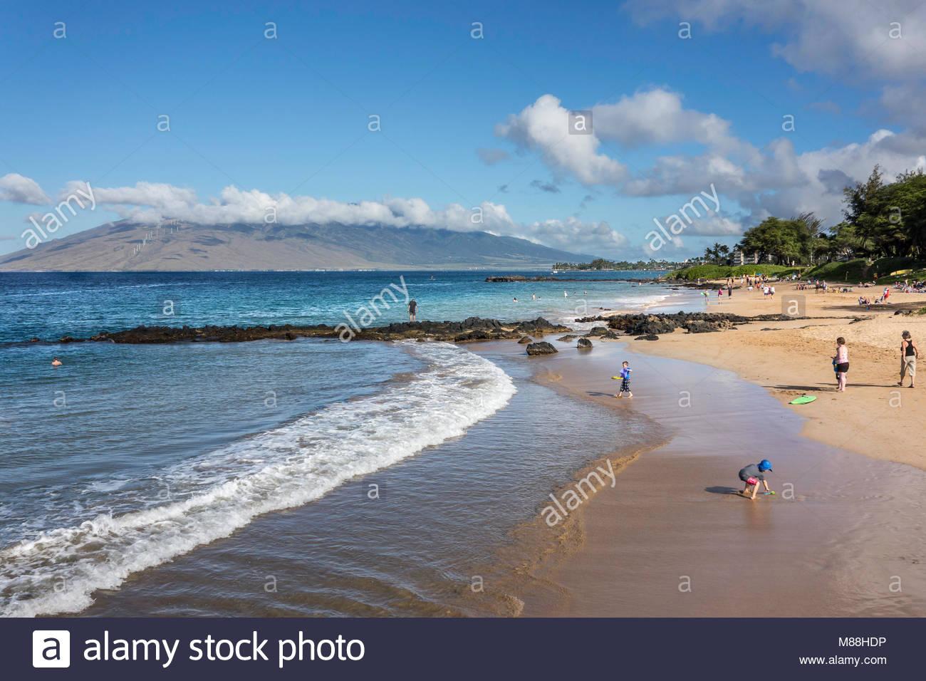 Dolce navigare su Kamaole Beach Park 3 in Kihei sull'isola di Maui nello stato delle Hawaii USA Immagini Stock