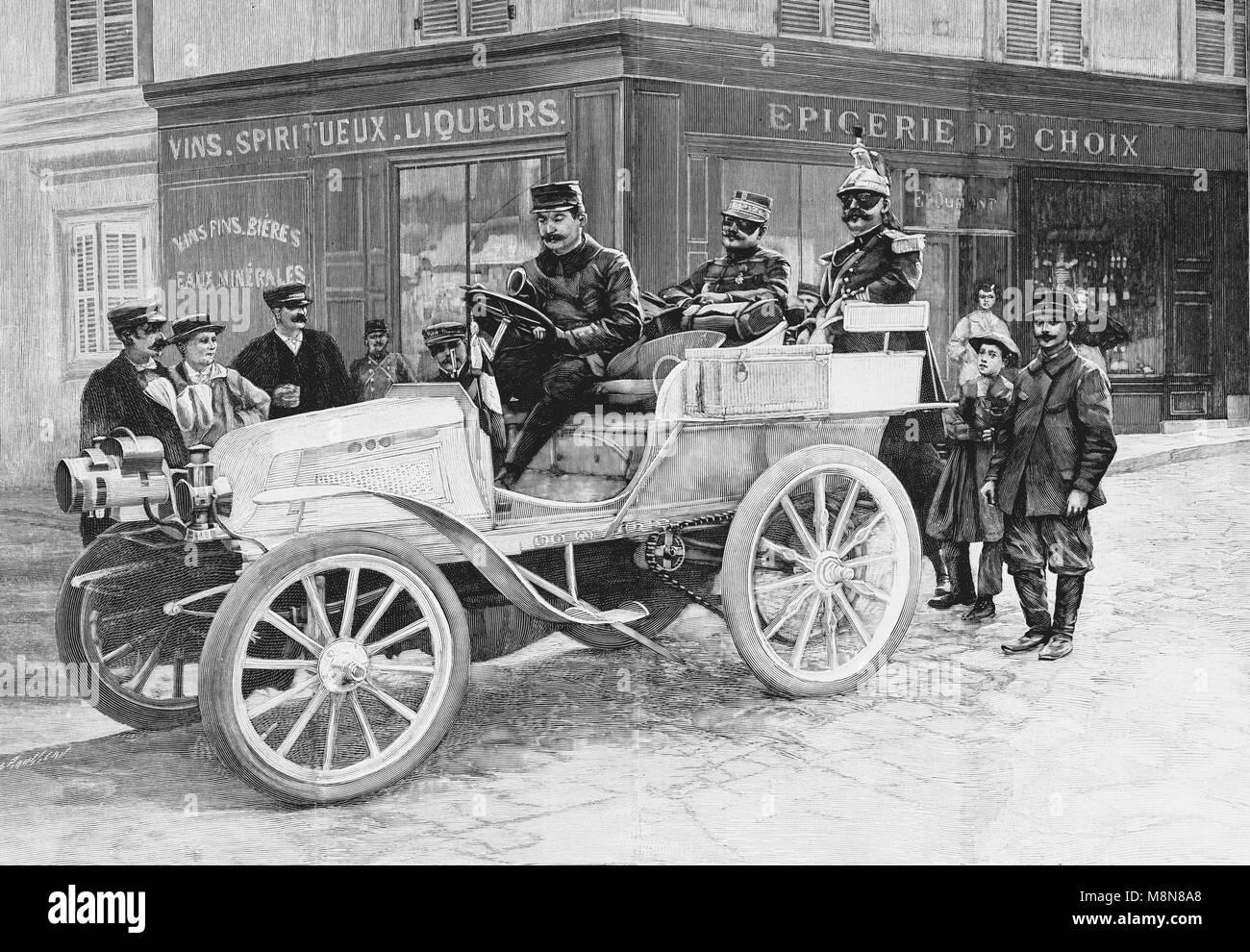 Auto del generale de Negrier durante il 1900 francese esercizio militare, immagine dal settimanale francese quotidiano Immagini Stock