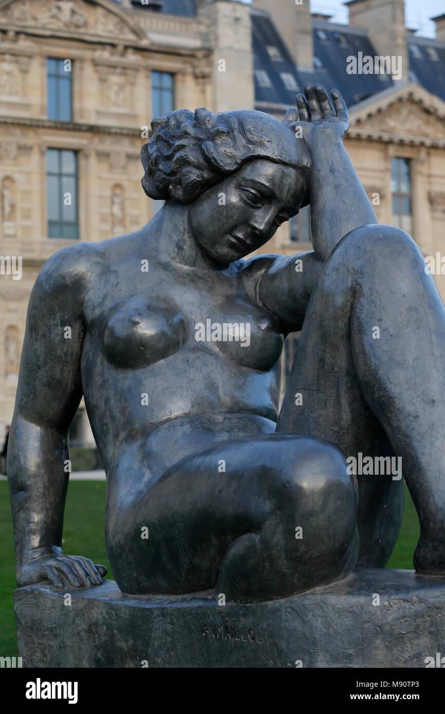 Jardin des Tuileries. Aristide Maillol. Montagne 1937 (plomb). Parigi, Francia. Immagini Stock