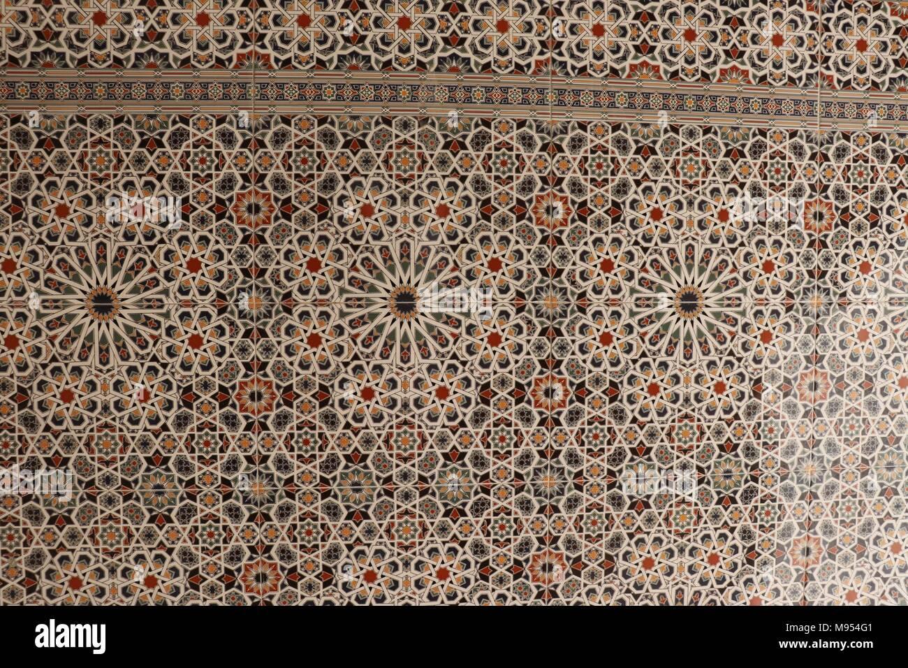 Un altamente decorativo pezzo di piastrelle marocchine foto