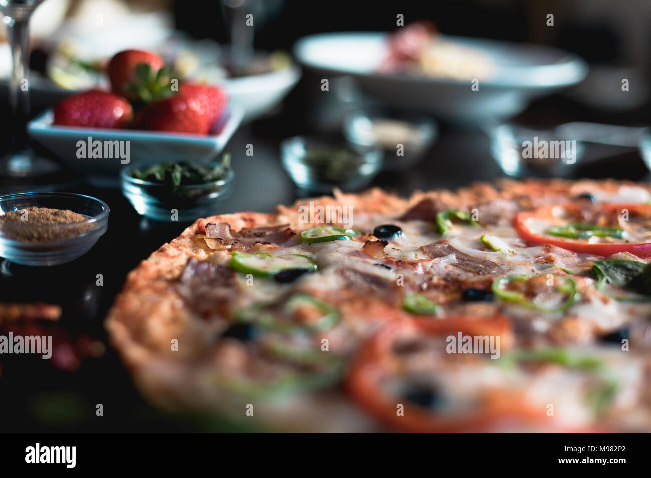 Cucina italiana, pizza Immagini Stock