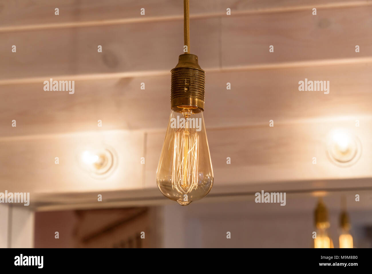 Lampada vintage decorate bancarelle illuminazione vintage