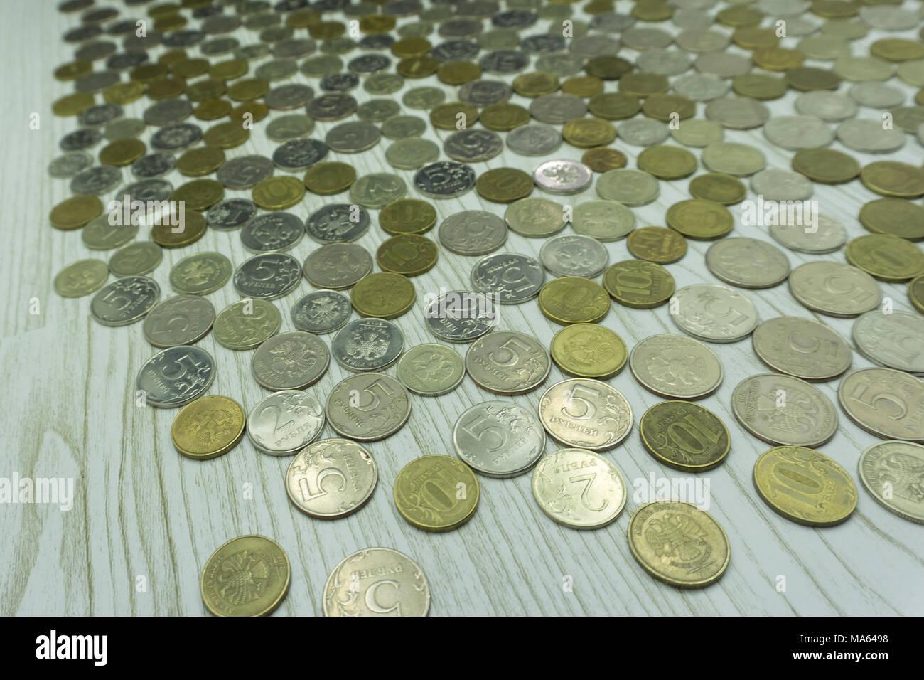 e735758ca0 Monete impilate ricca di acquisto vendita salva vendere Foto ...