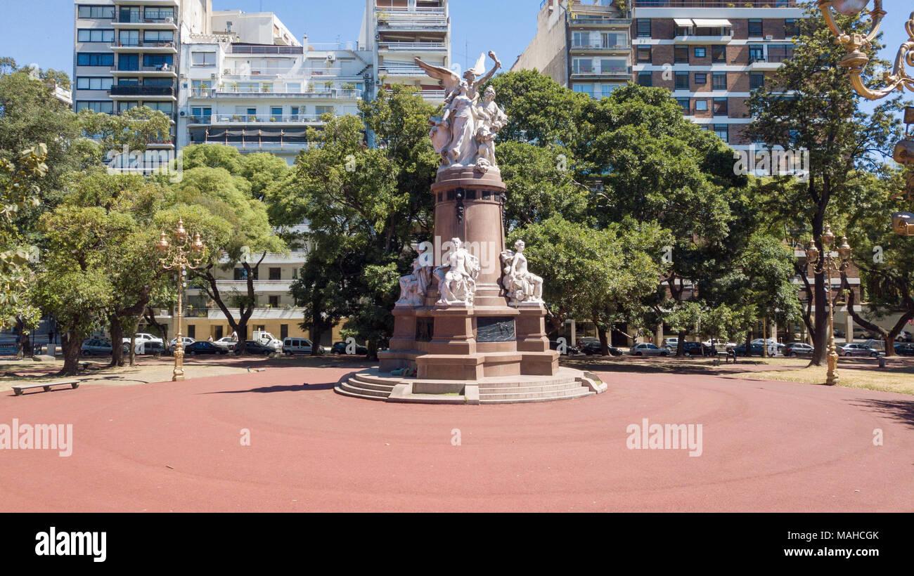 """""""Omaggio dalla Comunità francese per la Nazione Argentina"""", monumento in Plaza Francia, Recoleta, Buenos Aires, Argentina Immagini Stock"""