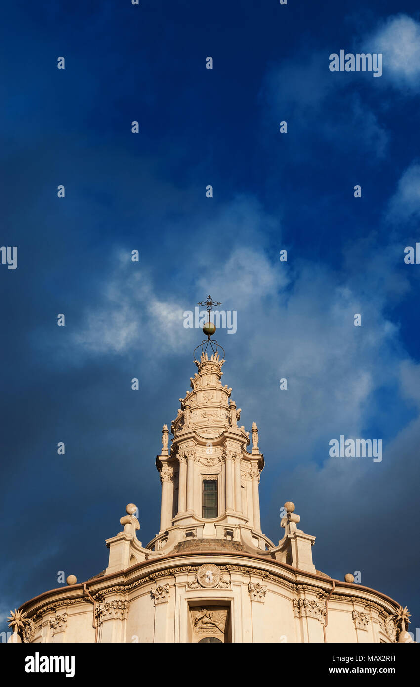 San Ivo alla Sapienza bella lanterna a spirale a Roma. Un capolavoro ...