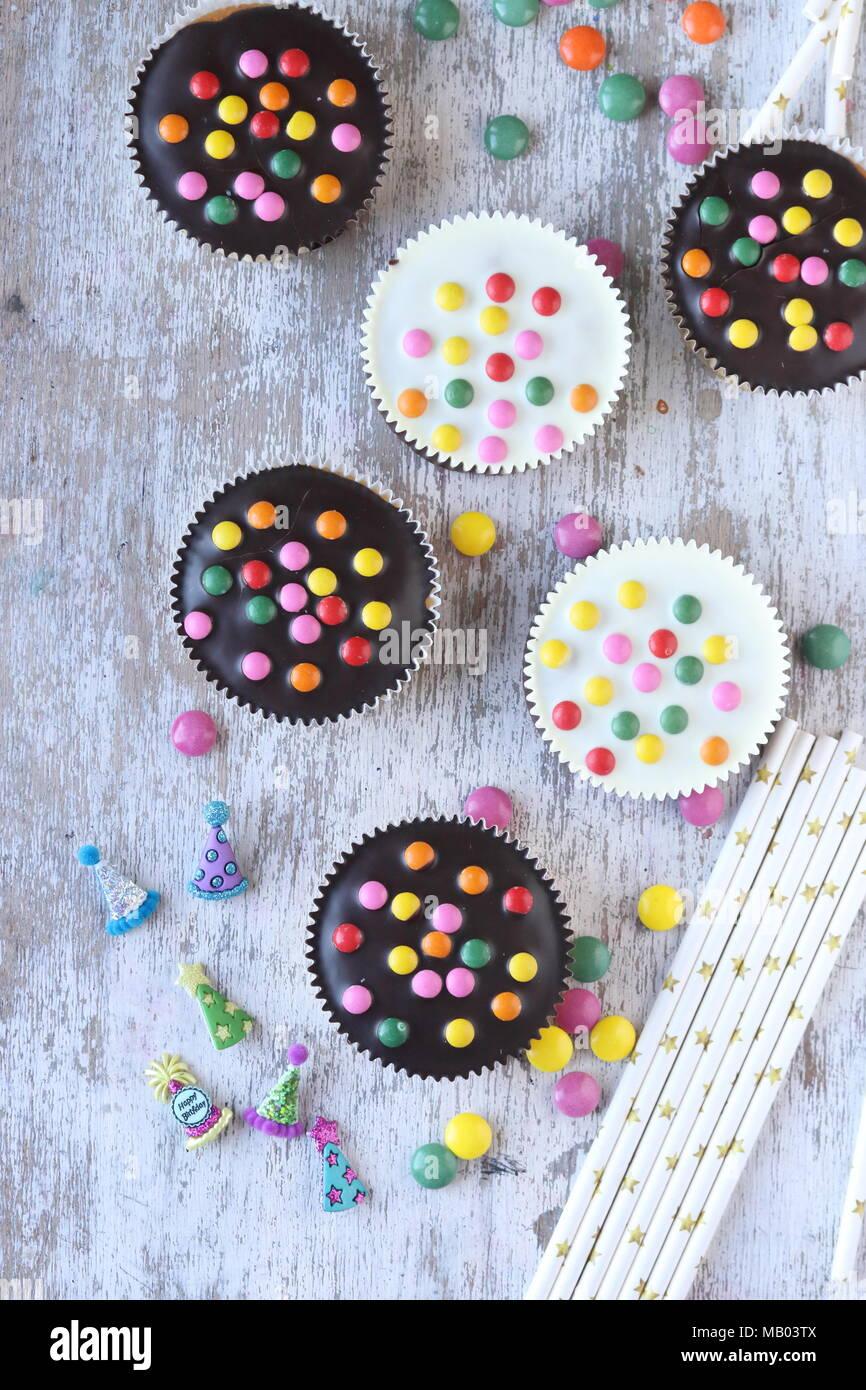Tortine con zucchero candito rivestito Foto Stock