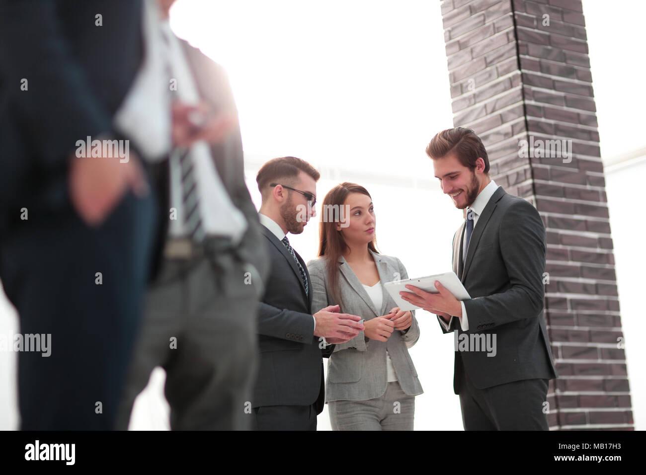Riunioni di team aziendali di discussione il concetto di rottura Immagini Stock