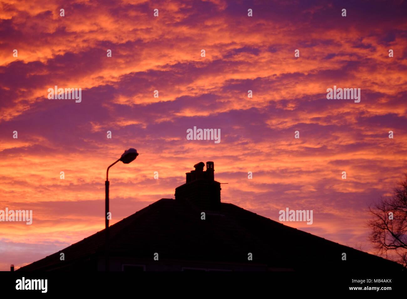 Cielo Rosso Di Notte.St Helens Regno Unito 6 Apr 2018 Regno Unito Meteo Nonostante