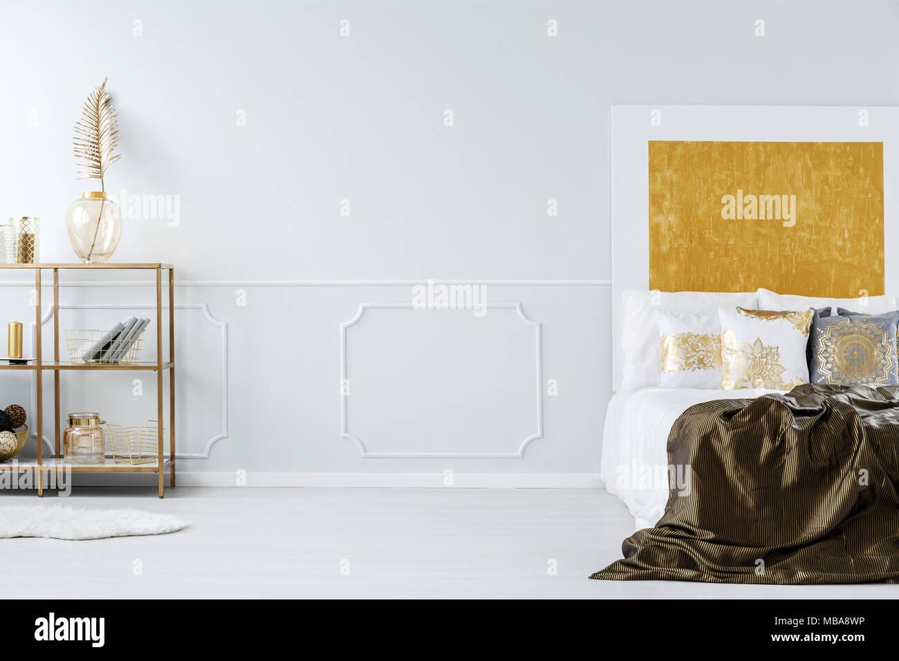 Decorazioni Muro Camera Da Letto. Stencil Da Parete Perfect Stencil ...