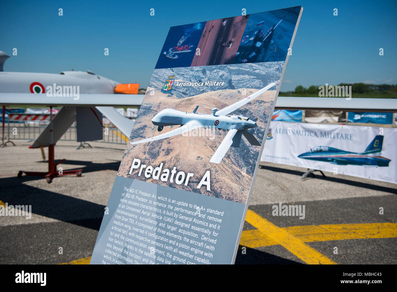 Aeroporto Urbe : Aeroporto di roma urbe sottovento pista youtube