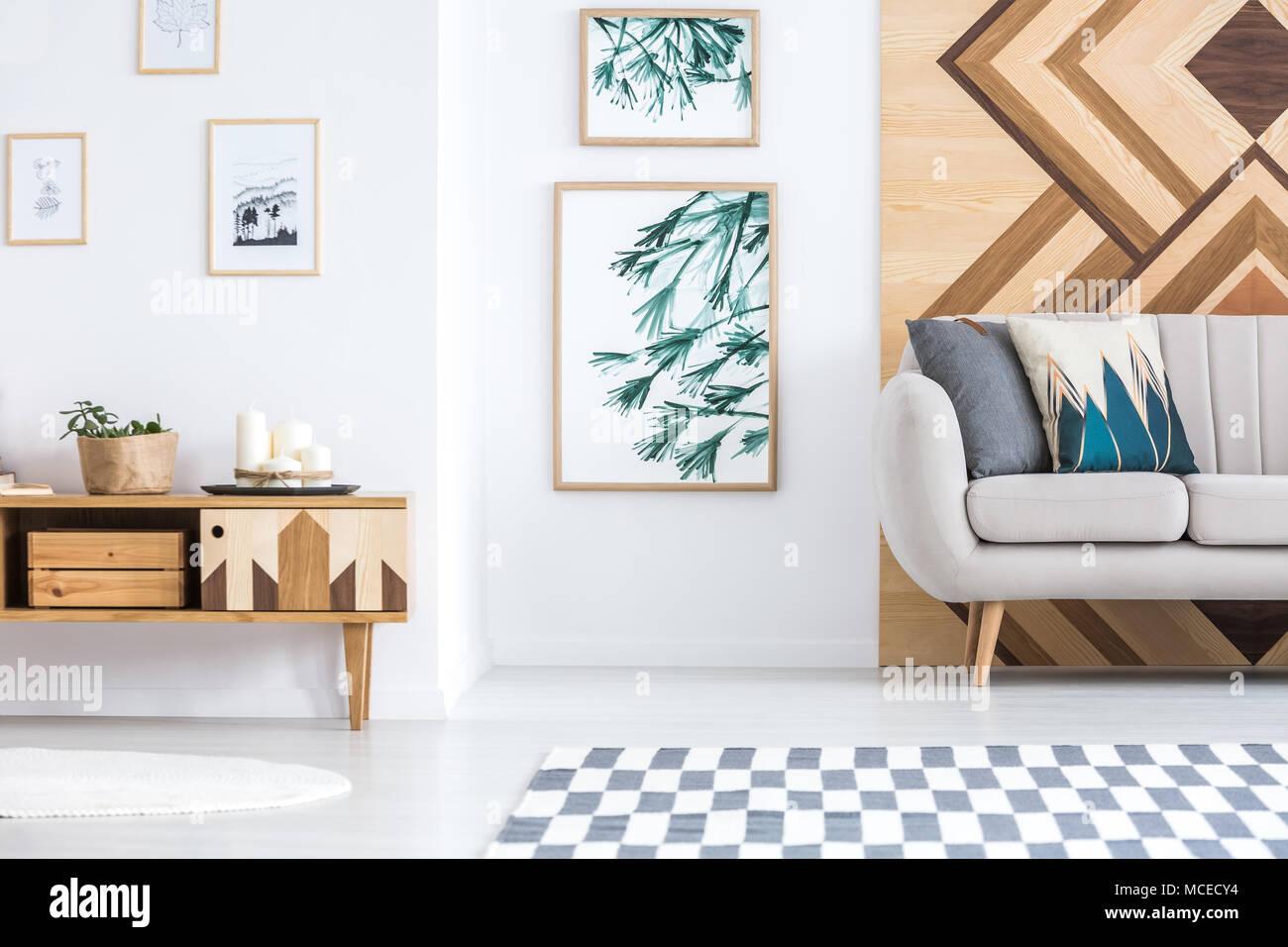 Credenza Legno Rustica : Galleria di manifesti nella rustica sala soggiorno interno con