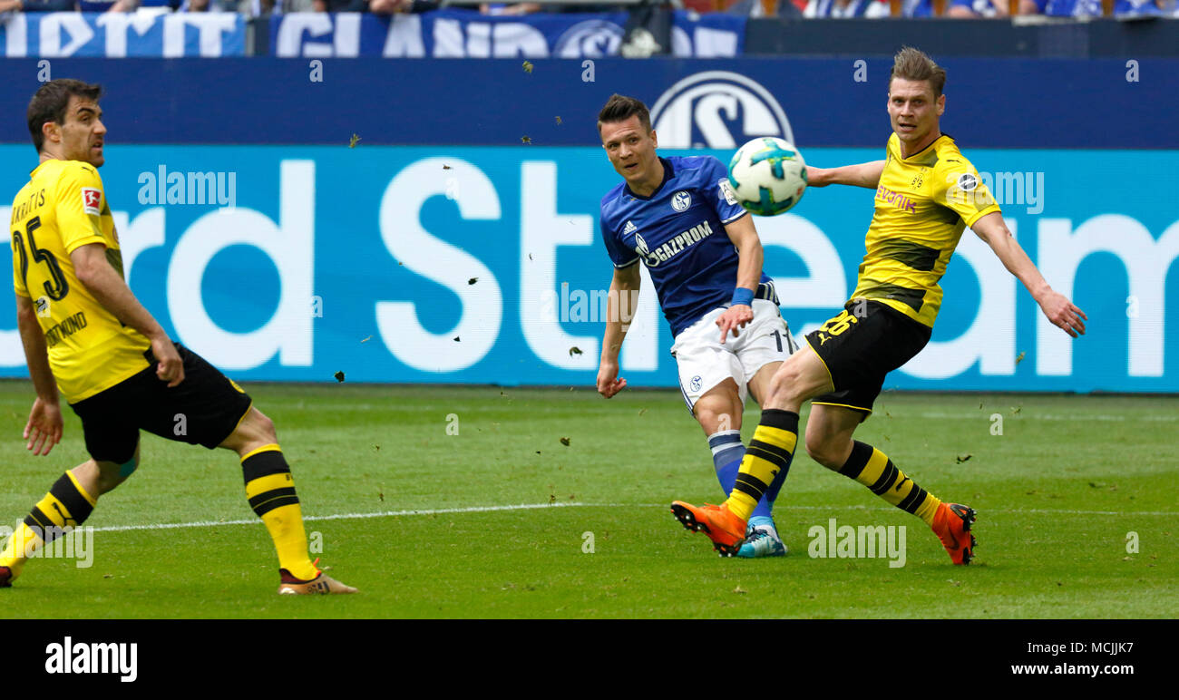 Seconda Maglia FC Schalke 20Nabil Bentaleb