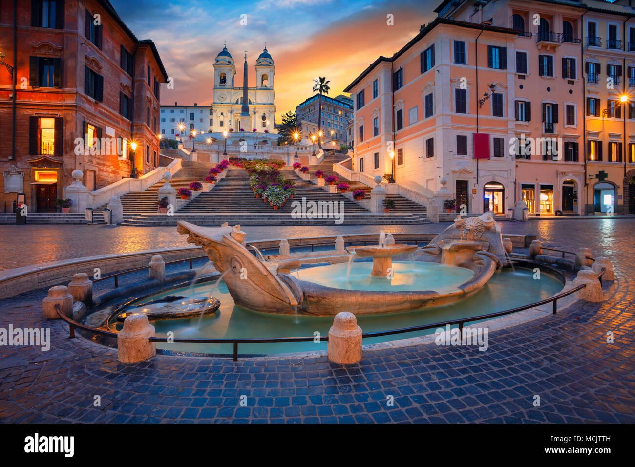 Roma. Cityscape immagine della Scalinata di piazza di Spagna a Roma, in Italia durante il sunrise. Immagini Stock