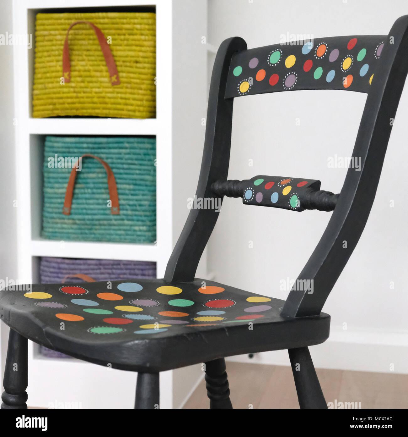 Vernice Chalk Paint Annie Sloan dipinto a mano sedia, chalk mobili dipinti, verniciati con