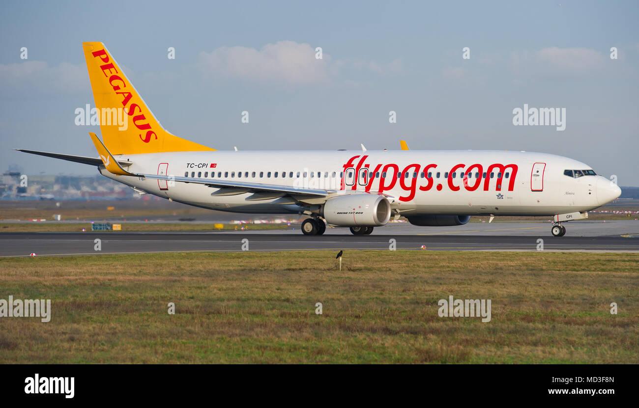 Un boeing 737 800 della più grande bagno turco a basso costo