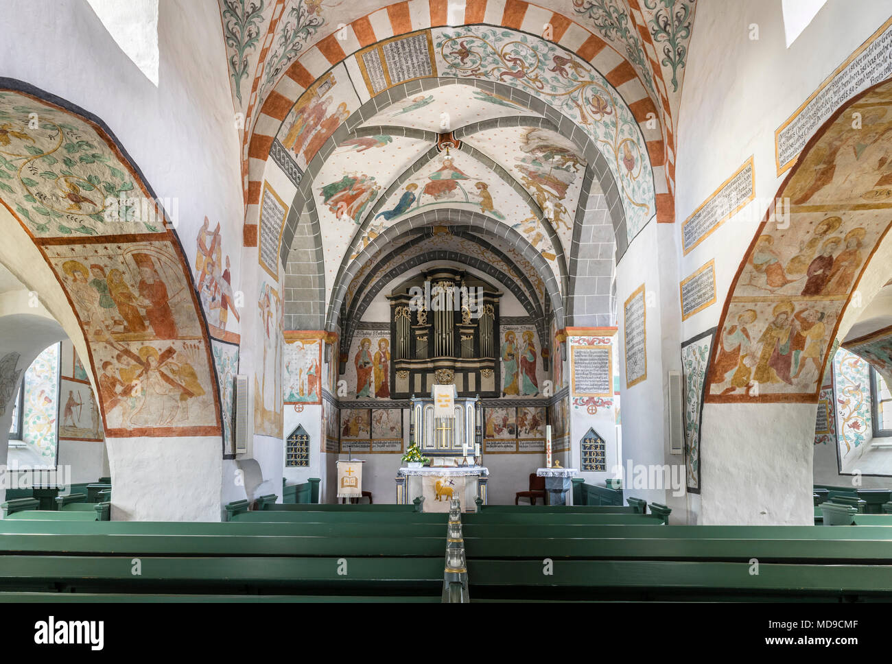 Coro con organo, Bunte Kerke o Bonde Kerke, Lieberhausen, Gummersbach, Bergisches Land, Nord Reno-Westfalia, Germania Immagini Stock