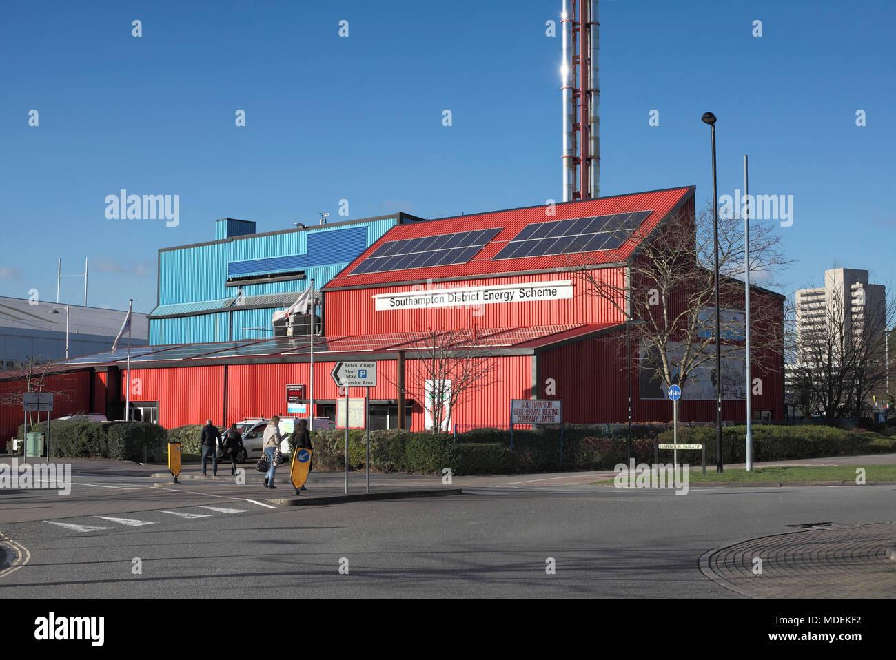 La stazione di calore, parte del distretto di Southampton regime energetico, dove il calore geotermico viene utilizzato in una rete di teleriscaldamento. Immagini Stock