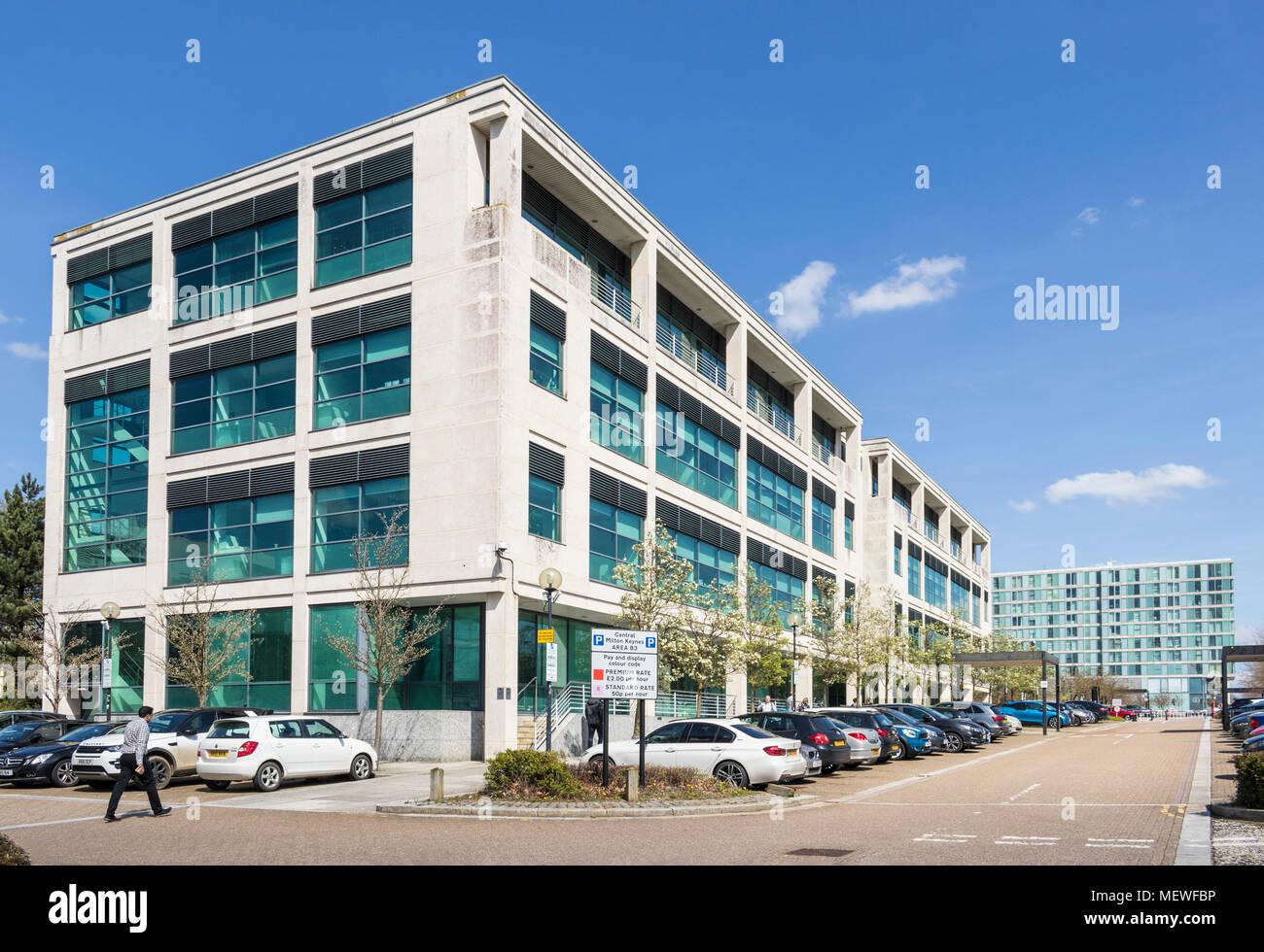 Milton Keynes Inghilterra edifici adibiti a ufficio centrale di Milton Keynes gb uk europa Immagini Stock