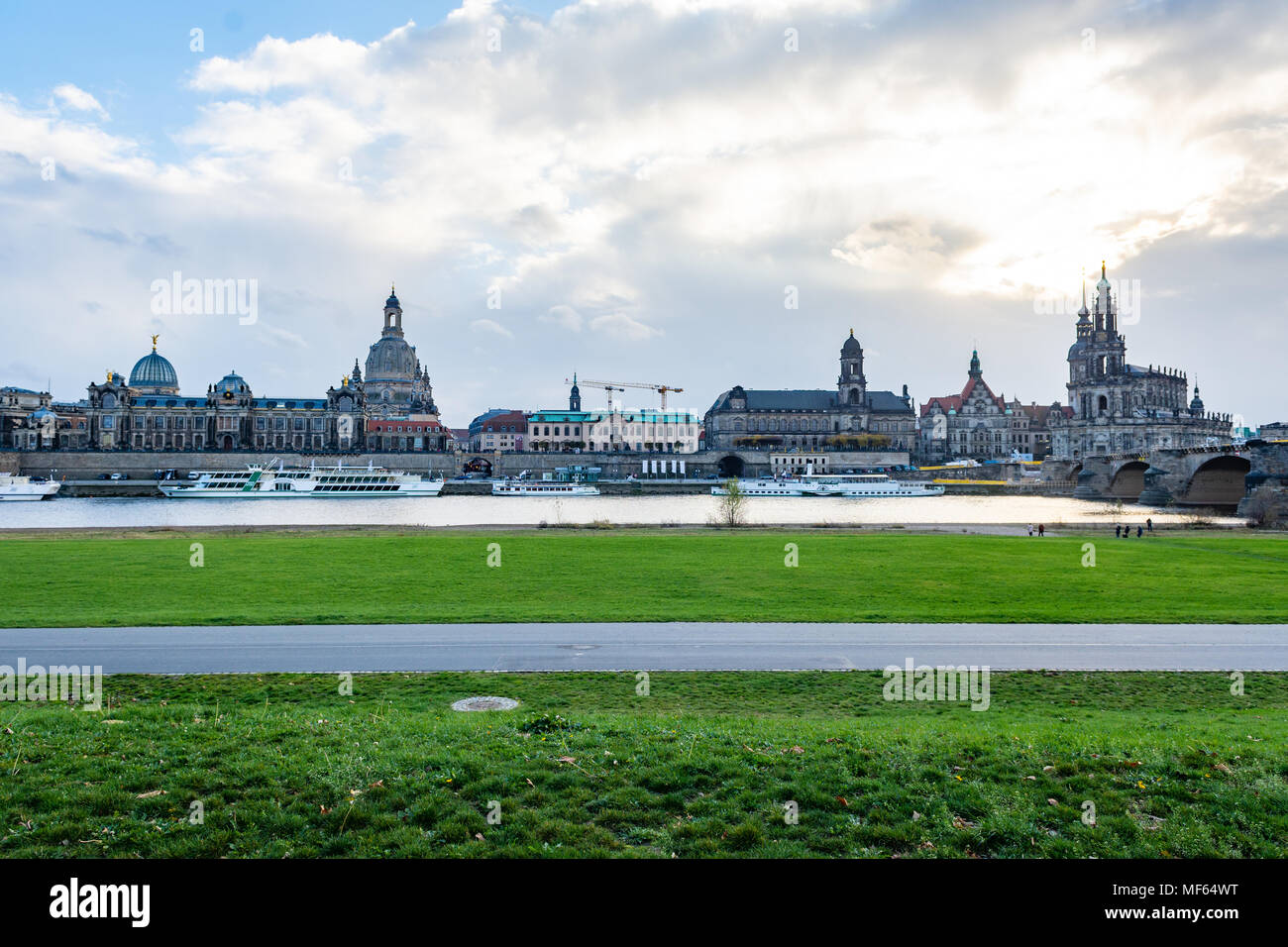 Paesaggio urbano di Dresda / skyline (Germania) Foto Stock