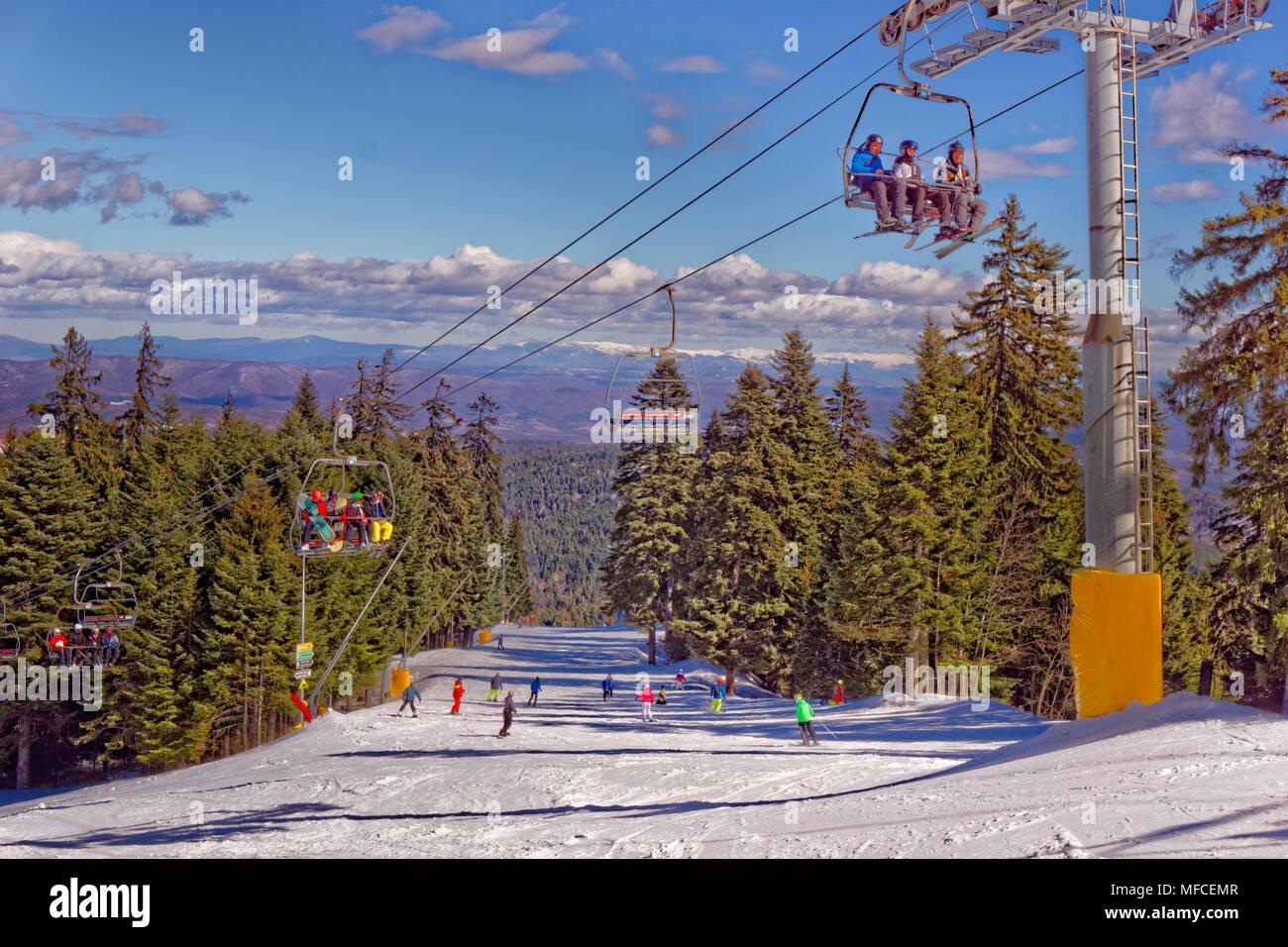 Martinovi Baraki 1 piste da sci a Borovets ski resort, Targovishte, Bulgaria. Immagini Stock