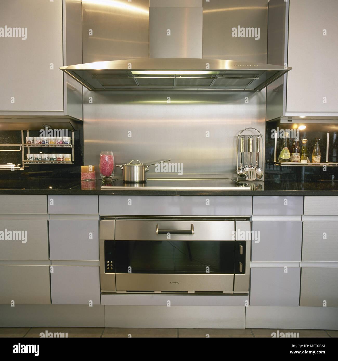 Moderno, Cucina, dettaglio, le unità grigie, nero piani di lavoro in ...
