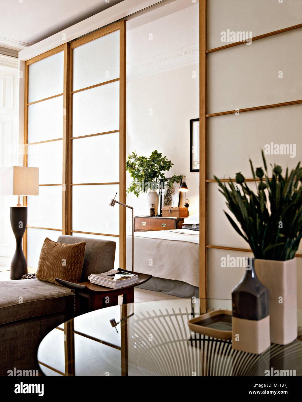 Salotto Moderna finestra in camera in stile giapponese, porte ...