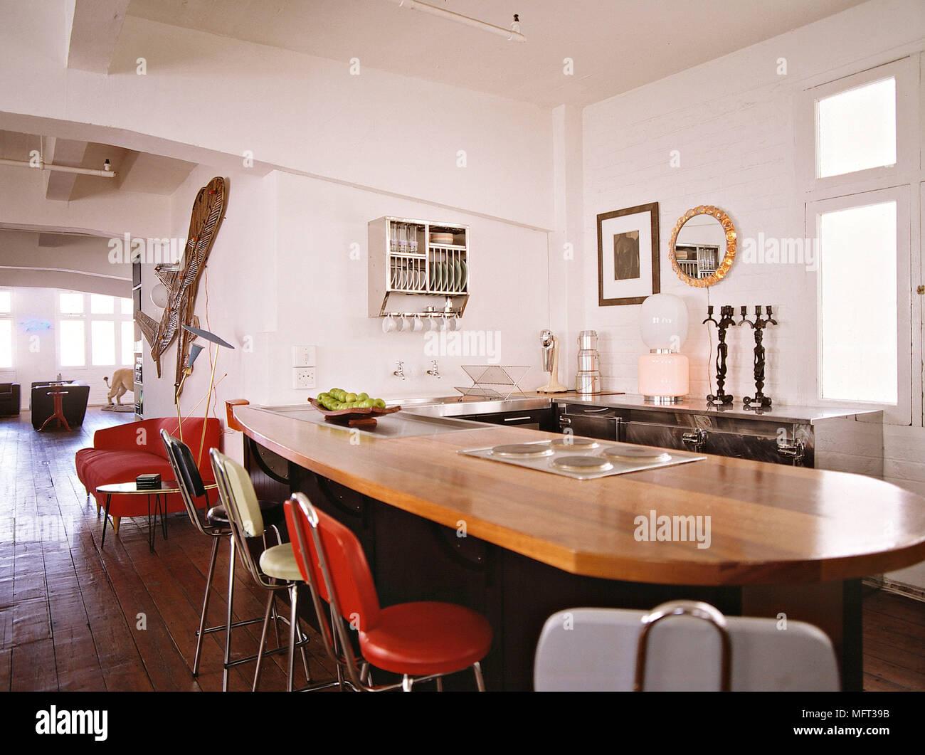 Moderna cucina a pianta aperta isola centrale unità bar colazione