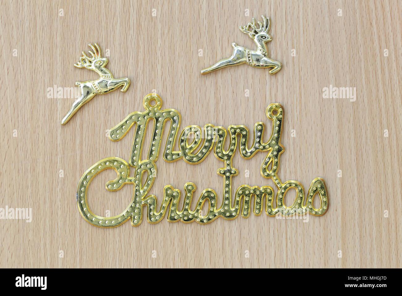 Oro Merry Christmas Testo Su Un Marrone Con Pavimento In