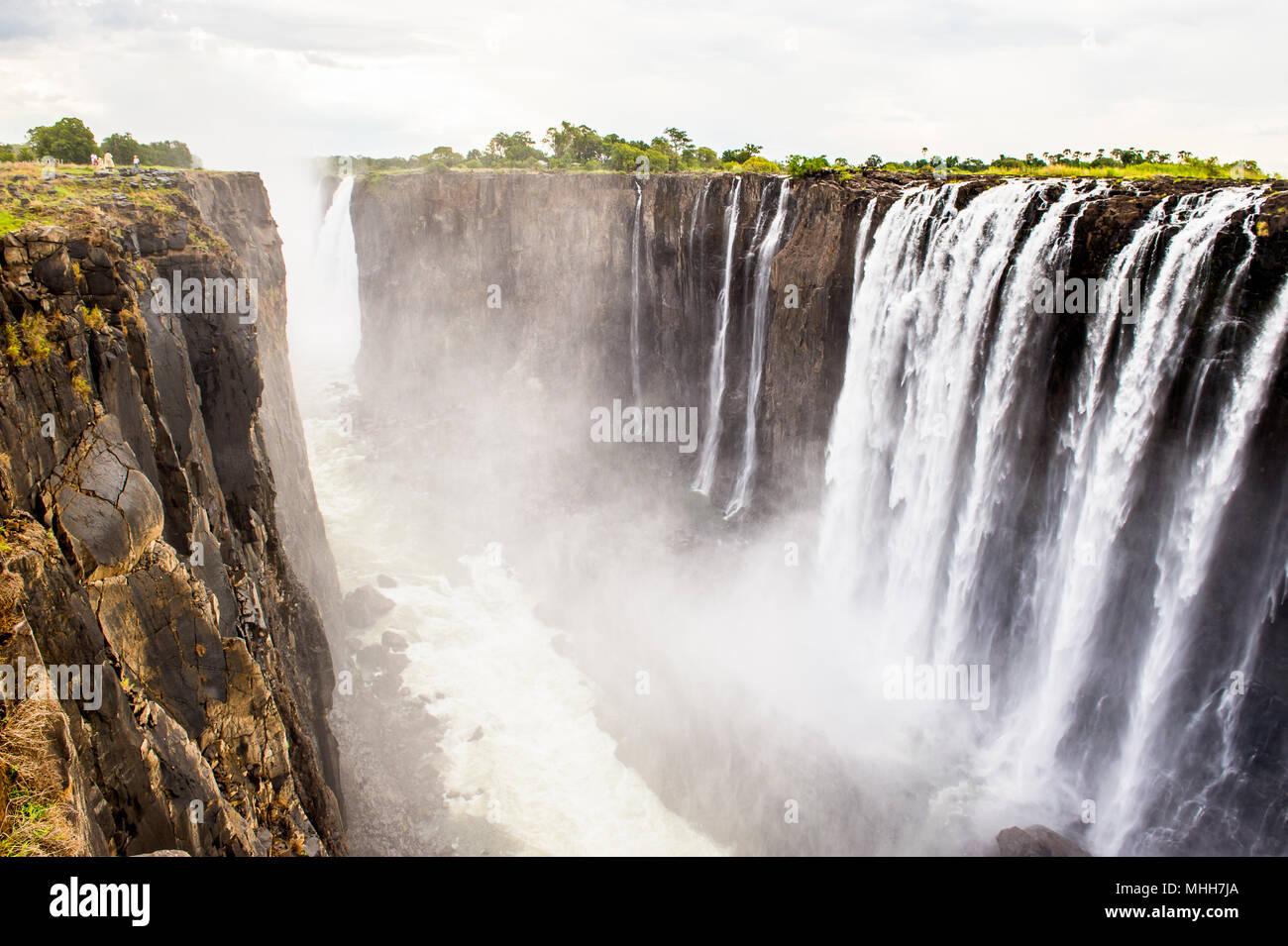 Vista panoramica della Victoria Falls, fiume Zambesi, Zimbabwe e Zambia Immagini Stock