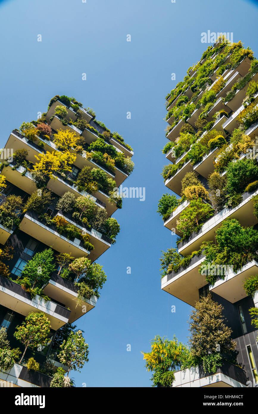 Bosco Verticale Appartamenti Costo bosco verticale è costituita da una coppia di due eleganti