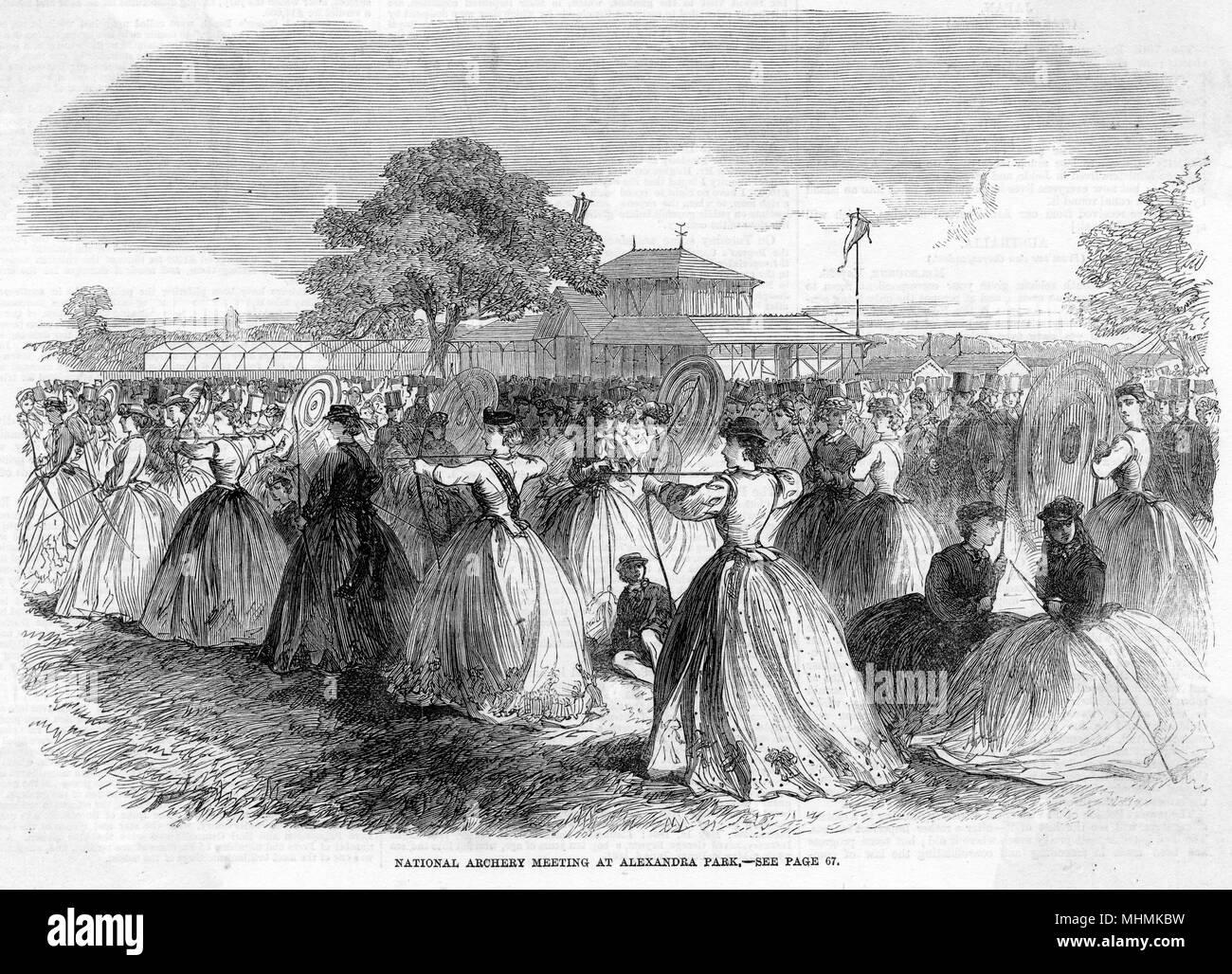 Arcieri femmina competere durante un tiro con l'arco nazionale incontro a Alexandra Park, Londra. Data: 1864 Immagini Stock