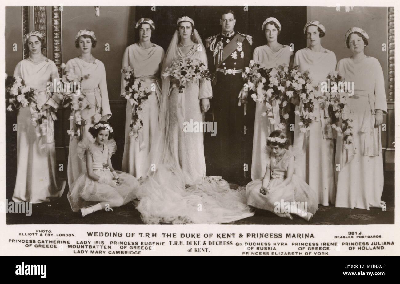 Lady marina immagini lady marina fotos stock alamy for Luogo di nozze con cabine