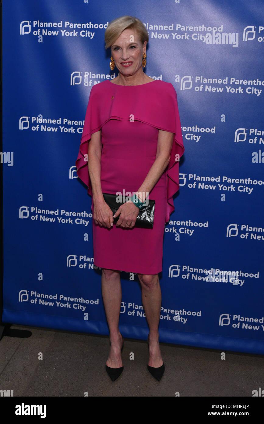 New York, Stati Uniti d'America. Il 1 maggio 2018. Cecile Richards assiste il Planned Parenthood's 2018 molla nel Gala di azione a molla Studios il 1 maggio 2018 a New York City. Credito: Erik Pendzich/Alamy Live News Immagini Stock