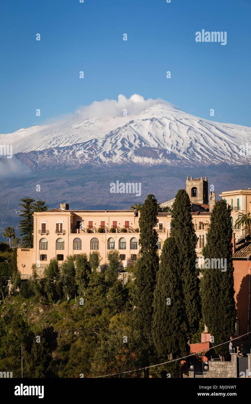 San Domenico Palace Hotel di Taormina con l'Etna, Sicilia. Immagini Stock
