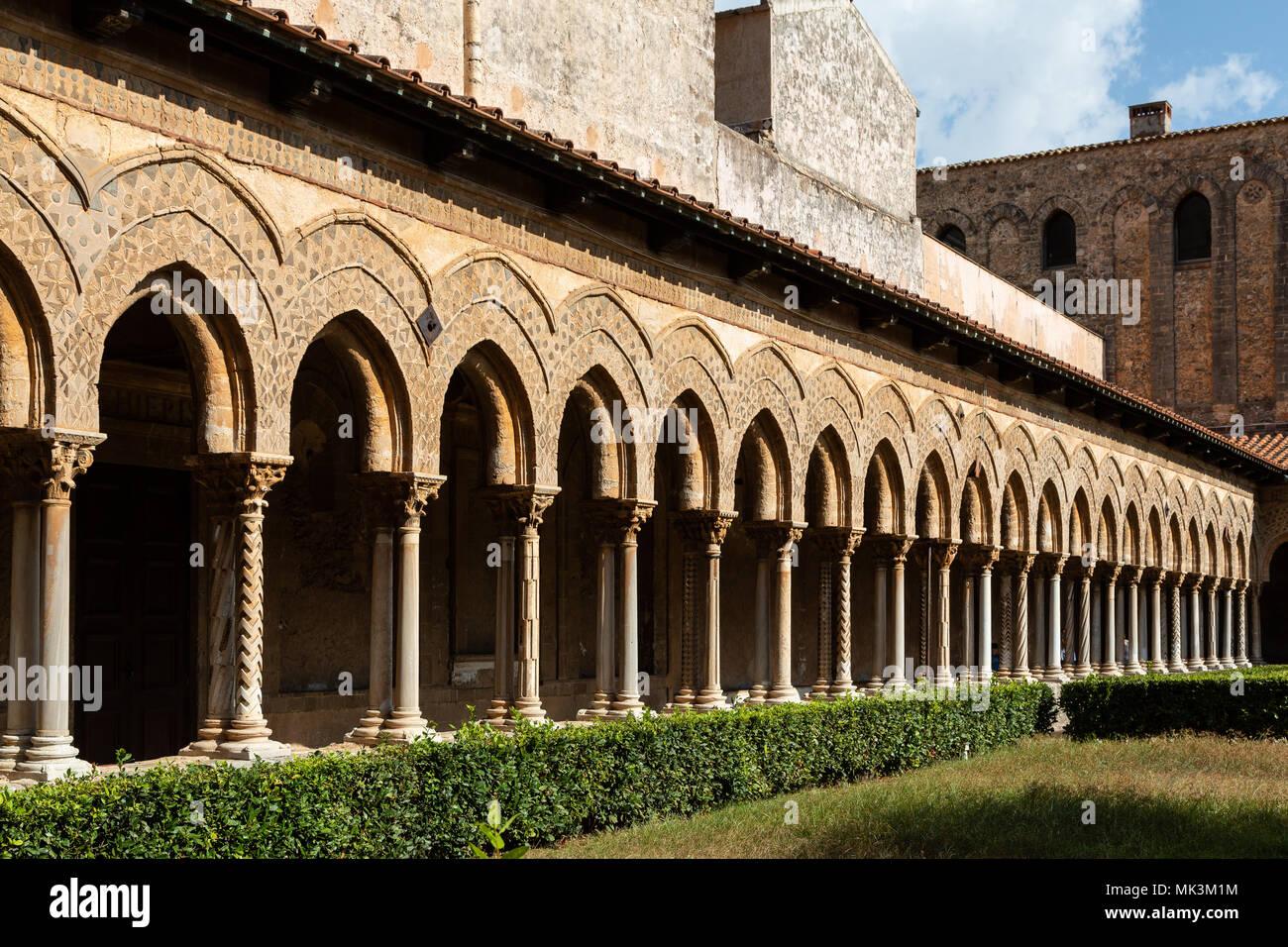 Chiostro di Monreale, sicilia, Italia Immagini Stock