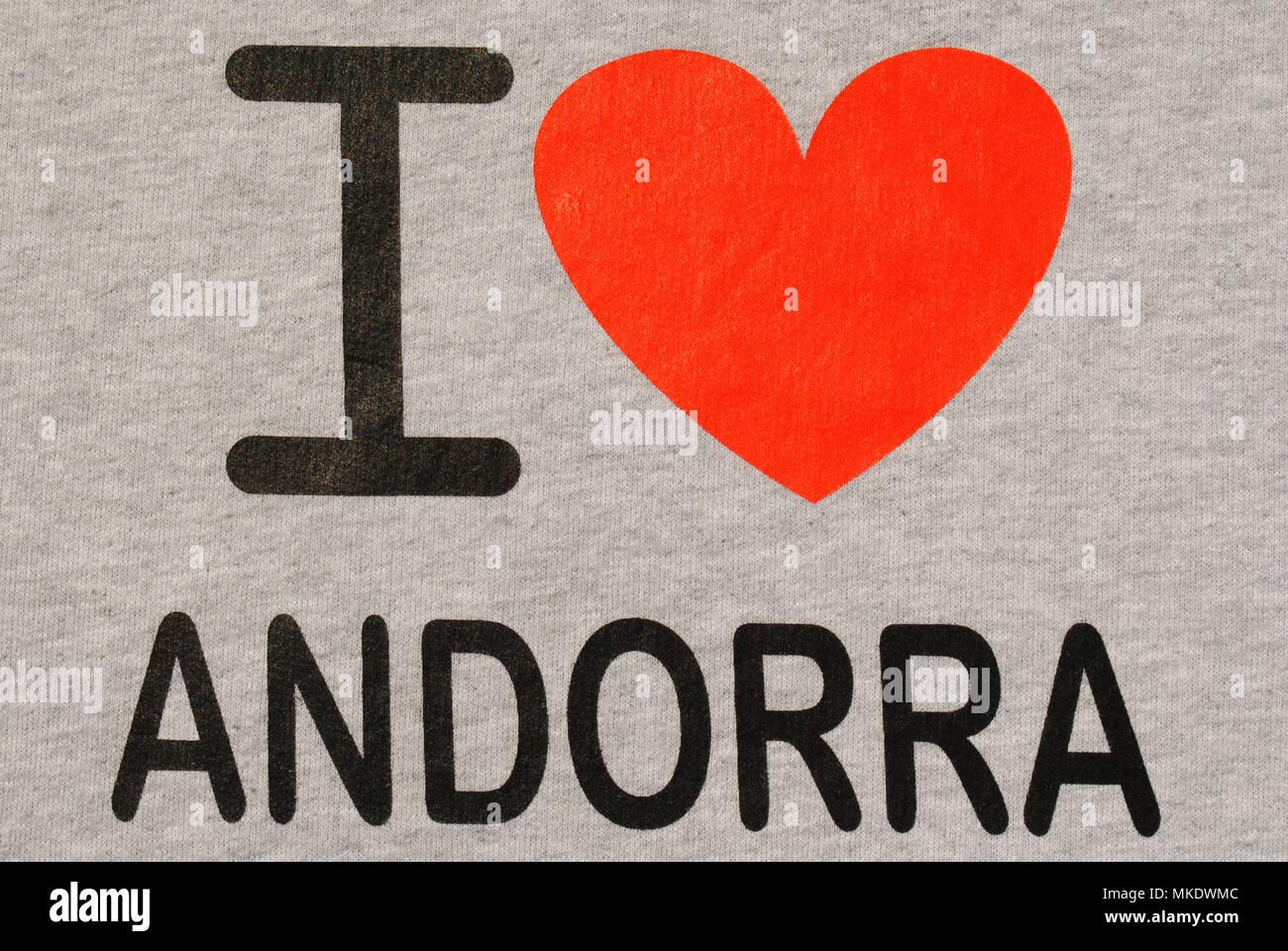 Un close-up di un'Andorra felpa con un grande cuore rosso su di esso. Immagini Stock