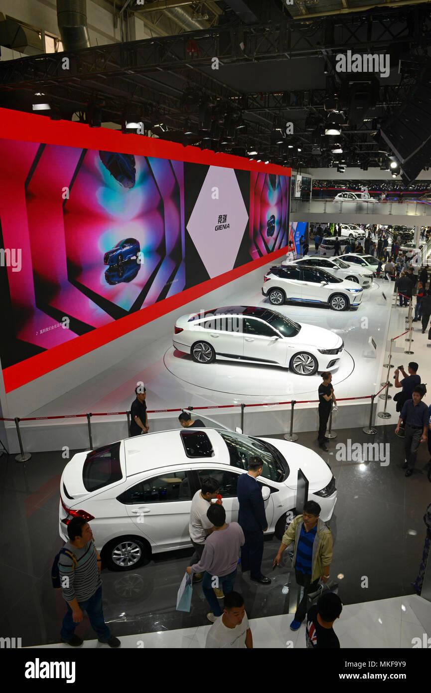 Honda Automobili comprese le Gienia e Accord Sport ibrido su show all'Auto China motor show di Pechino in aprile 2018 Immagini Stock