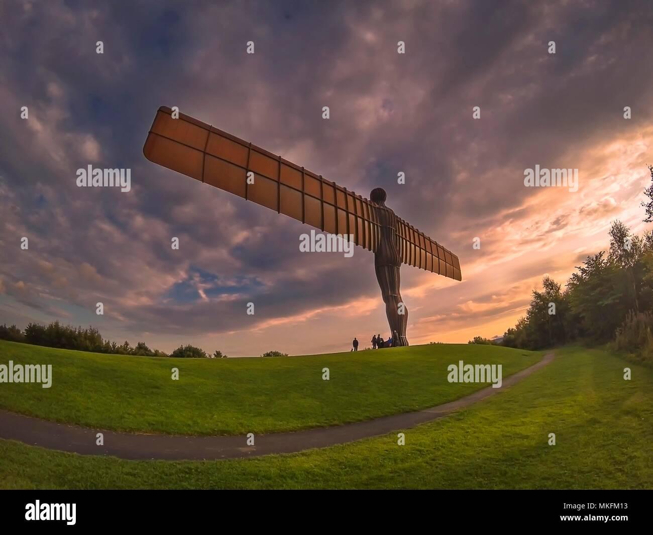Tramonto dell'angelo del Nord a Tyne and Wear, Englandhill Immagini Stock