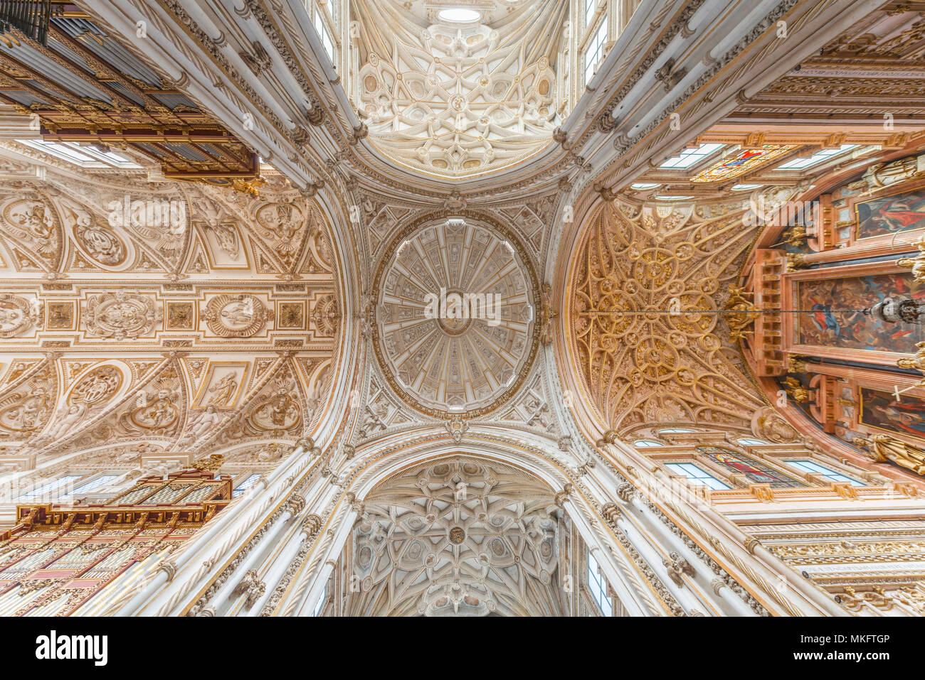 Soffitti A Volta Decorazioni : Decorazioni per soffitti u idea d immagine di decorazione