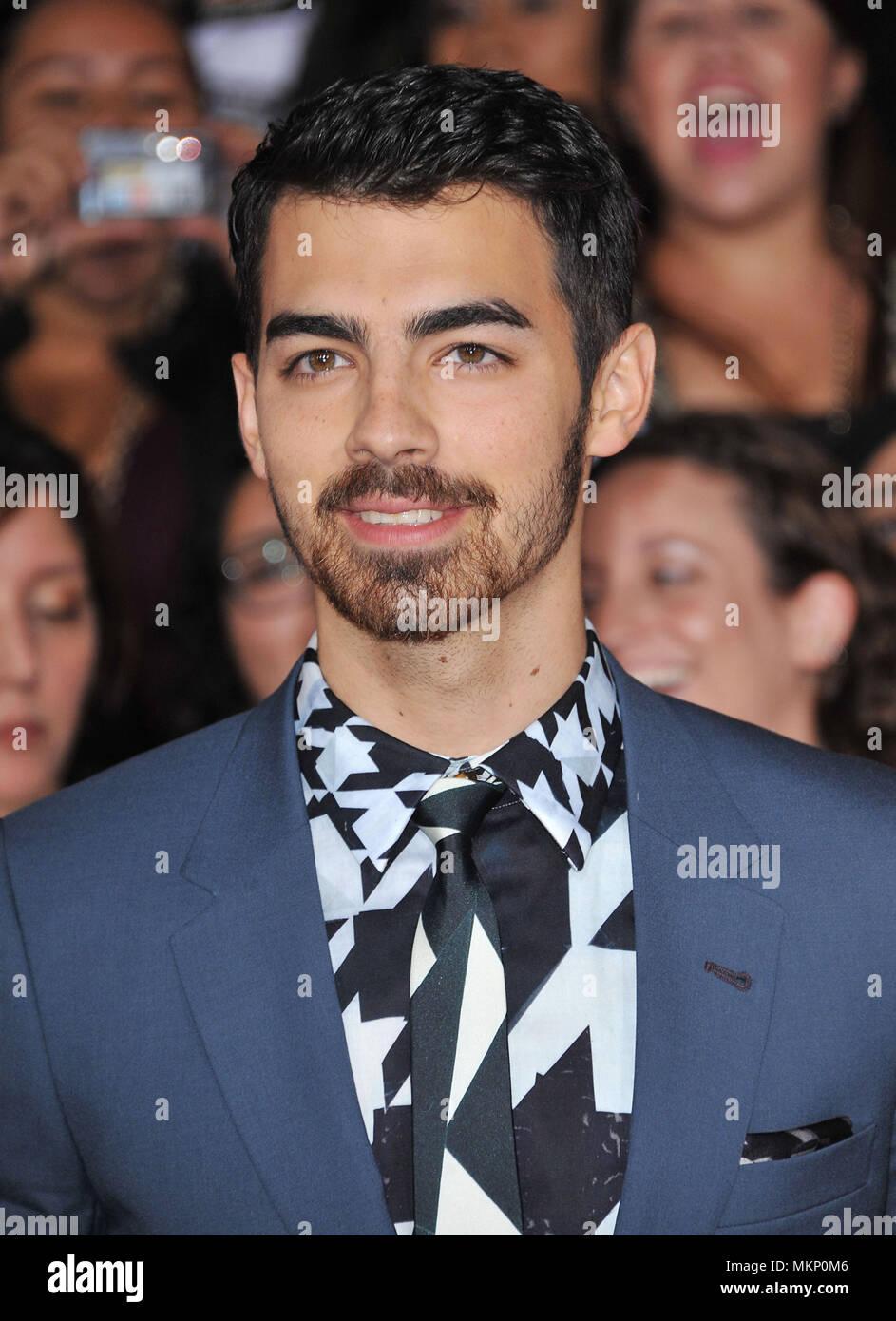 Che sta frequentando Joe Jonas 2014