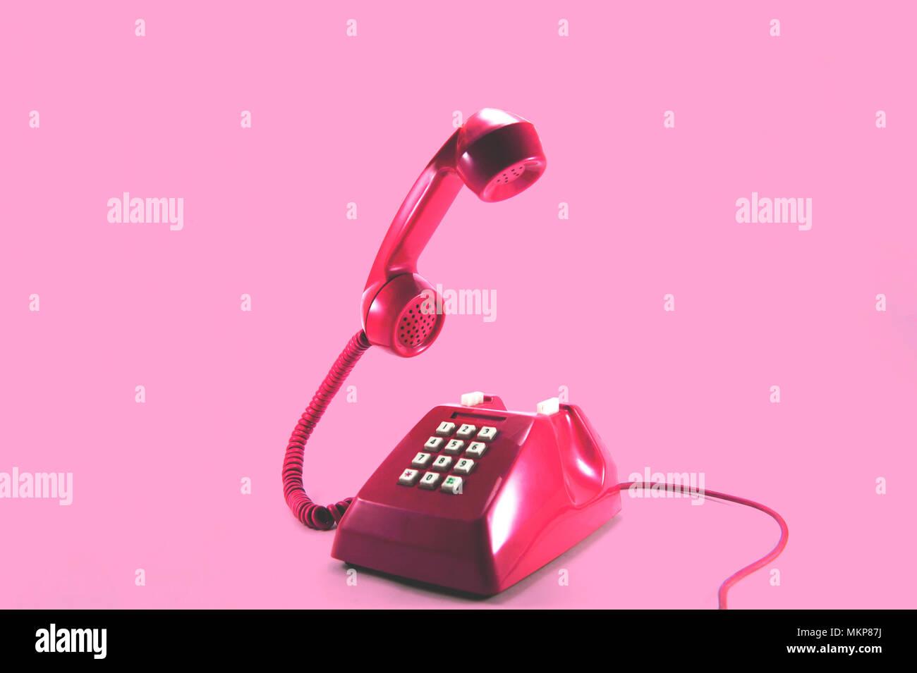 Retrò Telefono Rosa Su Sfondo Rosa Pop Art Style Foto Immagine