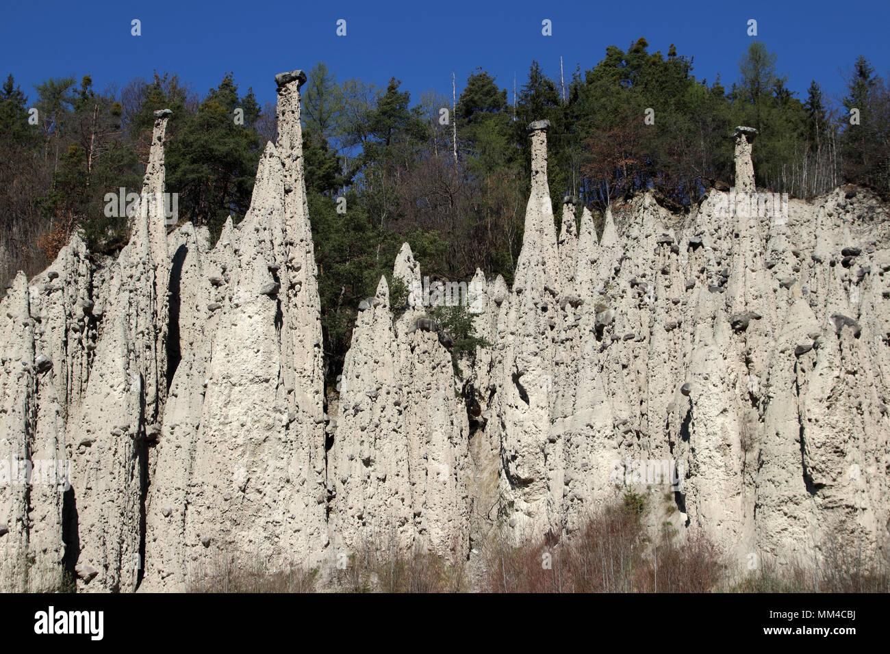Piramidi di terra Gasteinergraben Unterinn Renon Alto Adige Italia Europa Immagini Stock