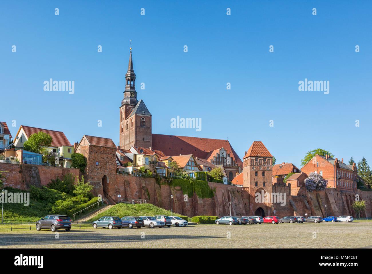 Paesaggio urbano di Tangermünde, Sassonia-Anhalt, Germania Immagini Stock