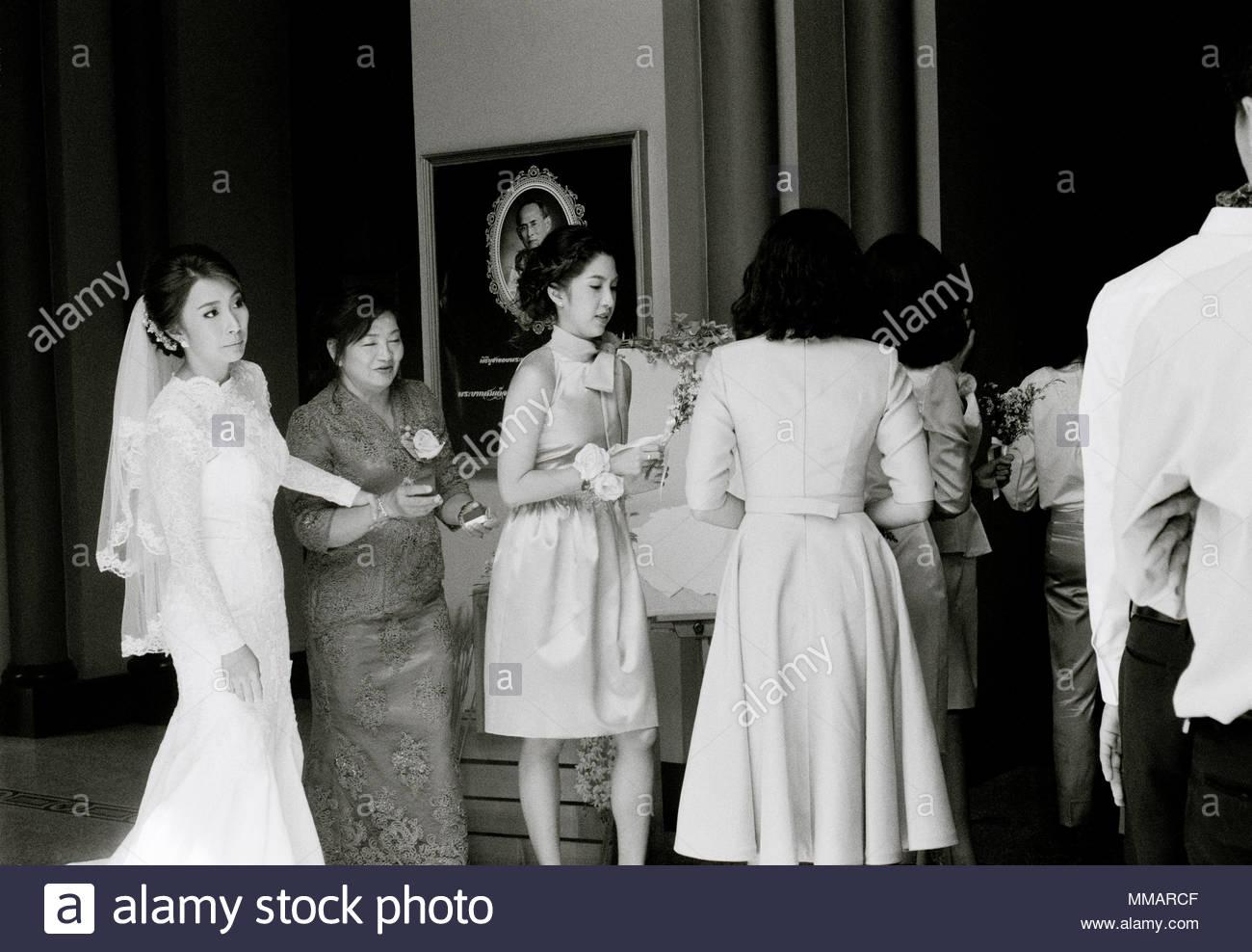 Matrimonio Simbolico In Thailandia : Thai wedding culture immagini & thai wedding culture fotos stock alamy