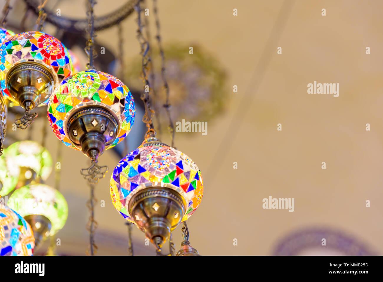 Sfocata colorato tradizionale artigianale di Bagno Turco lampade e ...