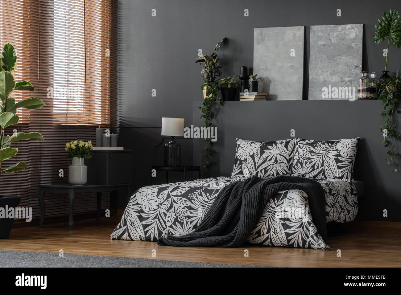 Arredamento Minimalista Camera Da Letto : Grigio minimalista dipinti arredi eleganti e decorazioni in una