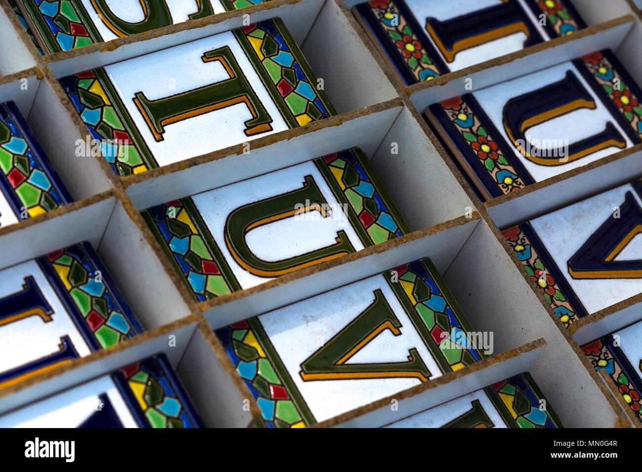 Lettere ceramiche immagini lettere ceramiche fotos stock alamy
